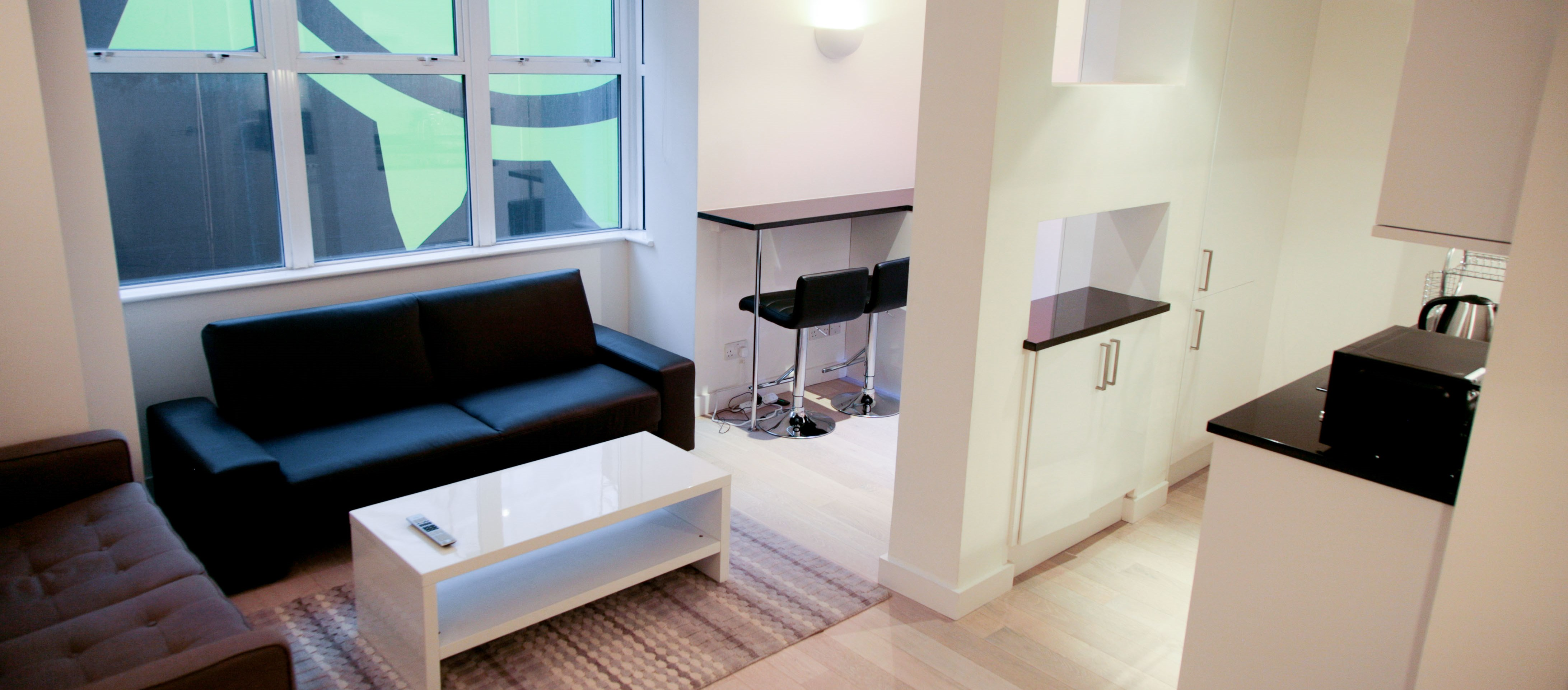 Piccadilly and Covent Garden Apartments 2